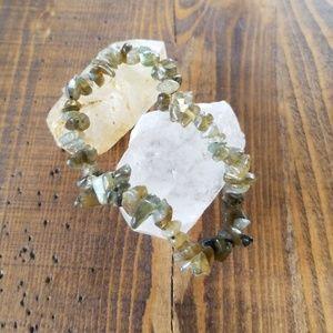 Jewelry - Tumbled labradorite bead bracelet